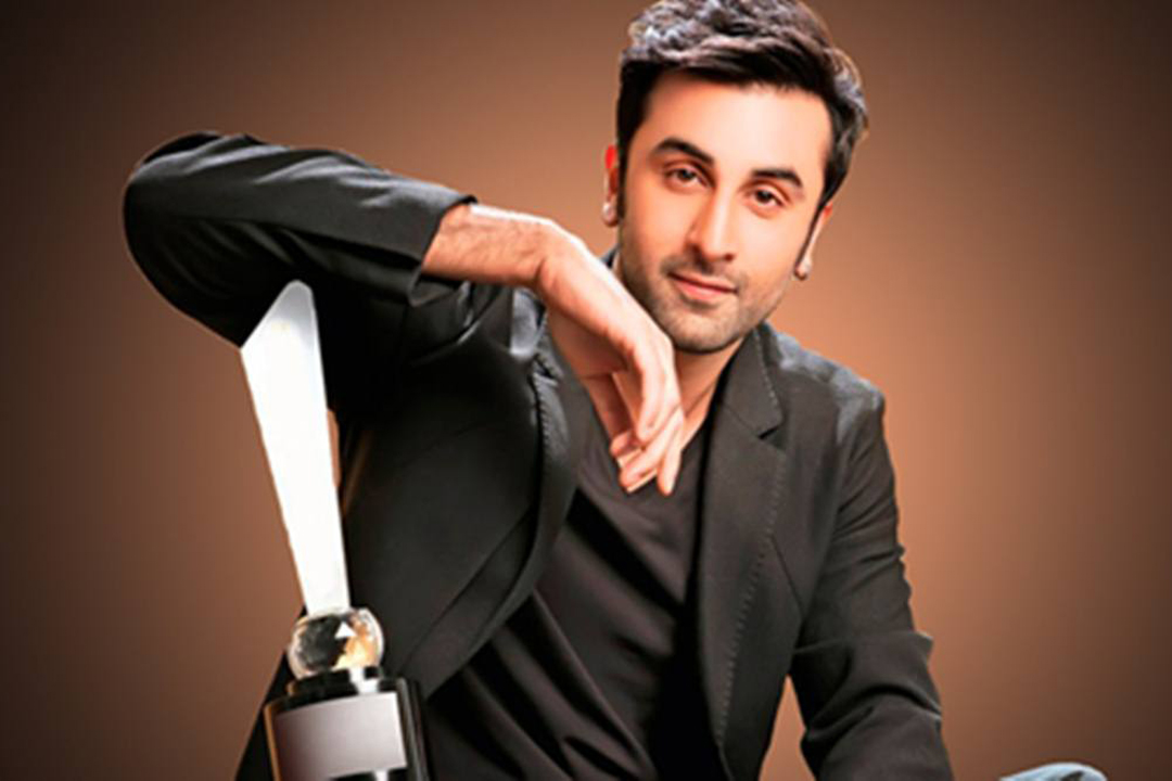 Ranbir Kapoor Has No Comments On Social Media
